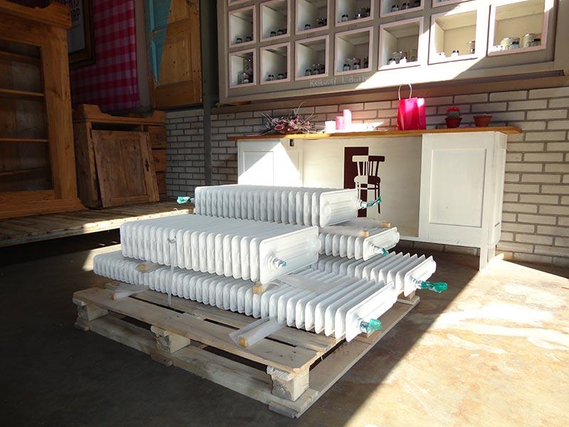 Meubels Wit Verven : Logen verf verwijderen van hout afbijt blank maken meubels